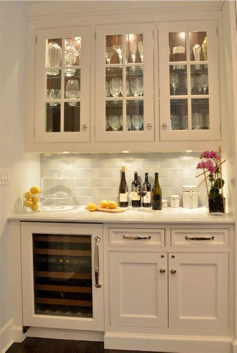 shelving for kitchen cabinets best 25 kitchen bar ideas on built in bar 5186