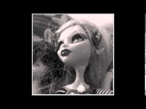 Lloran mis muñecas Doovi