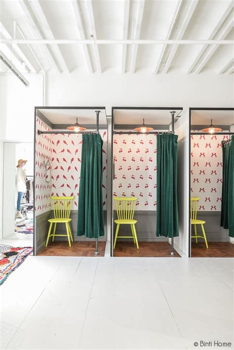 adorable dressing rooms   amsterdam boutique     wallpaper  insides