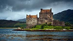 Eilean Donan Castle – Scotland
