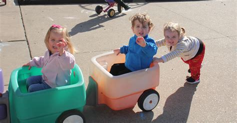 toddler day care child care cedar rapids ia 963 | tods play outside