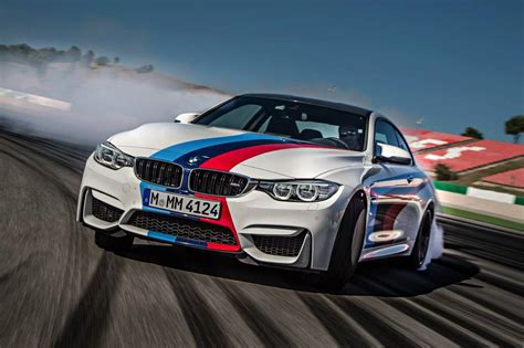Bmw Drifting by Drifting Bmw M4 Is A Sight To Behold