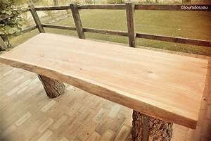 Table Exterieur En Bois : une belle table ext rieure huil eentretien du bois le ~ Teatrodelosmanantiales.com Idées de Décoration