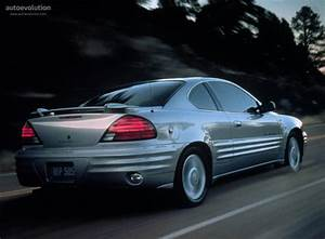 Am Auto : pontiac grand am coupe specs 1998 1999 2000 2001 2002 2003 2004 2005 autoevolution ~ Gottalentnigeria.com Avis de Voitures