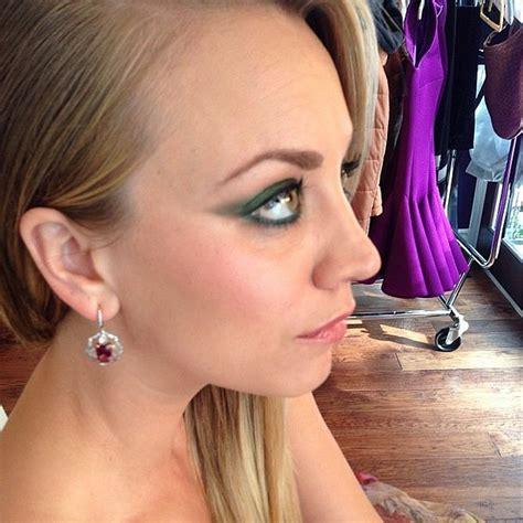 emerald green chair australia makeup artist greenberg decided that an emerald