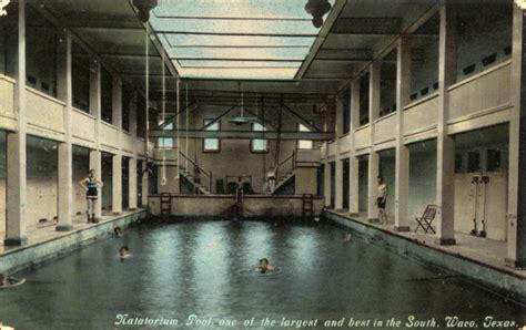 File:Natatorium Pool, Waco, Texas.jpg - Wikimedia Commons