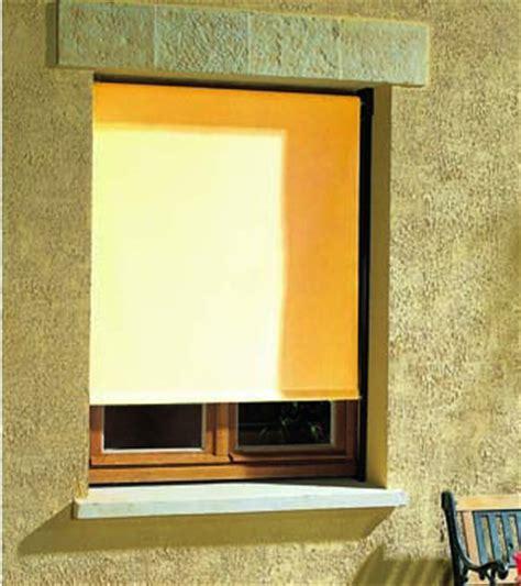 store occultant exterieur pour fenetre store banne vertical fabriqu 233 sur mesure domeau concept