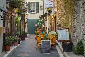 Restaurant Saint Rémy De Provence : faculty in provence susan brown phd ~ Melissatoandfro.com Idées de Décoration