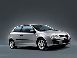 2005 Fiat Stilo Pictures  History  Value  Research  News