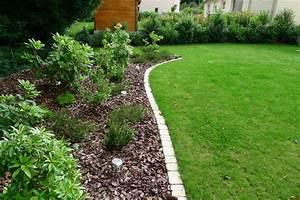 deco pave exterieur moderne ou rustique adapte pour With nice deco de jardin avec caillou 7 poser une bordure en paves youtube