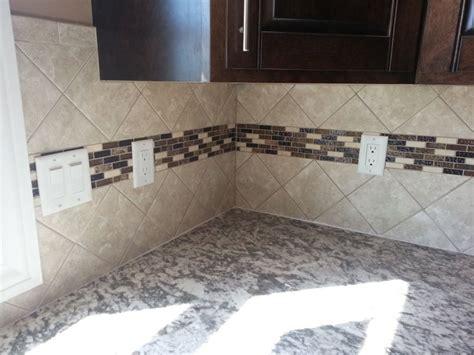 4x4 kitchen tiles 4x4 tile backsplash set at an diagonal with an accent 1102