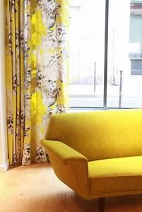 Rideau Jaune Et Gris : rideau de couleur jaune moutarde ~ Teatrodelosmanantiales.com Idées de Décoration