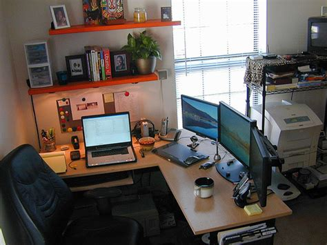 office desk setup ideas 50 greatest computer workstation pc mac setups hongkiat