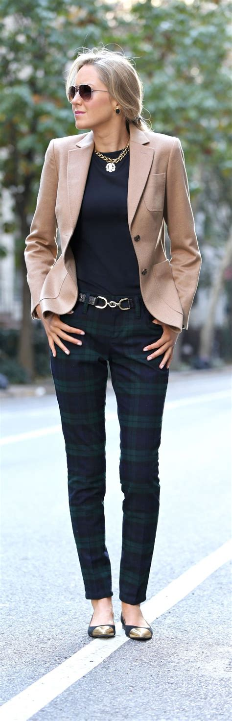 Beige Leather Jacket Outfit Ideas