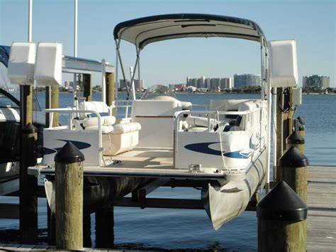 Boat Trader Mich by Pontoon V Bunks The Hull Boating And Fishing Forum