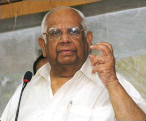 Somnath Clarifies Remarks To Meira On Her Resigning From