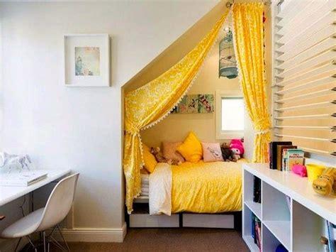 Kinderzimmer Mädchen Mit Dachschräge by Kinderzimmer Dachschr 228 Ge Einen Privatraum Erschaffen