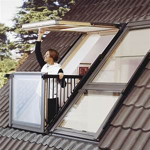 Fenetre de toit cabrio de velux se transforme en balcon for Cupola windows