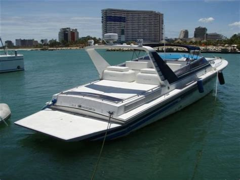 Miami Vice Boat Type by 1990 Aronow 47 Powerboat For Sale In