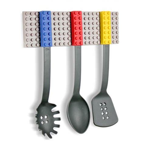 accessoire cuisine rigolo ustensiles de cuisine lego
