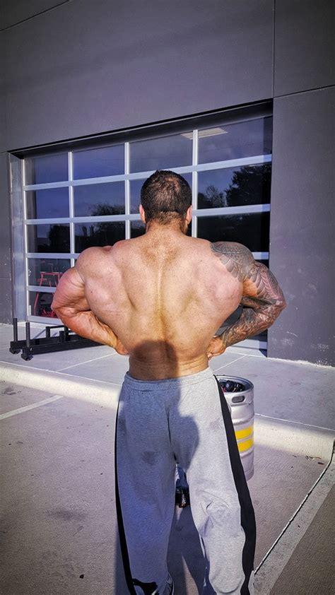 muscle lover aussie bodybuilder luke schembri