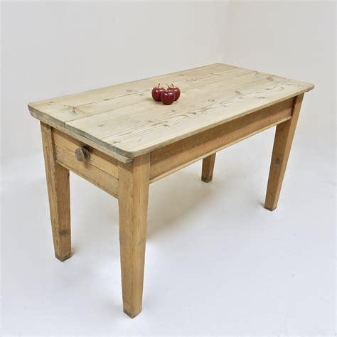 pine wood kitchen table antique pine kitchen table y5090 la108832