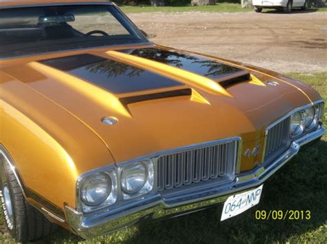 seller  classic cars  oldsmobile  nugget gold