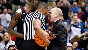Cincinnati's Mick Cronin says referees treat coaches ...