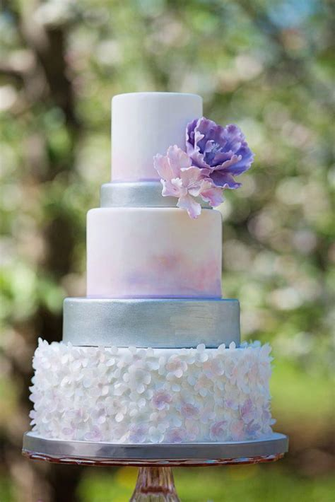 gorgeous beautiful wedding cake ideas deer pearl flowers