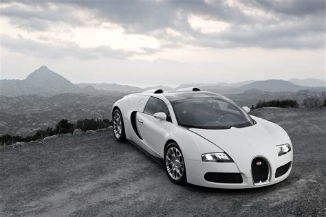 Check out the latest bugatti car photos, pictures (pics), wallpapers and so much more on top speed! GarageCarRacing: Bugatti Veyron