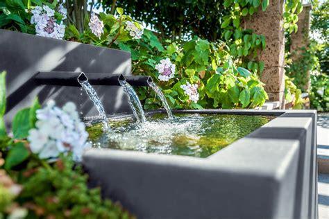 Spiele Mit Wasser Im Garten by Spiel Mit Licht Und Schatten Im Garten Gartengestaltung