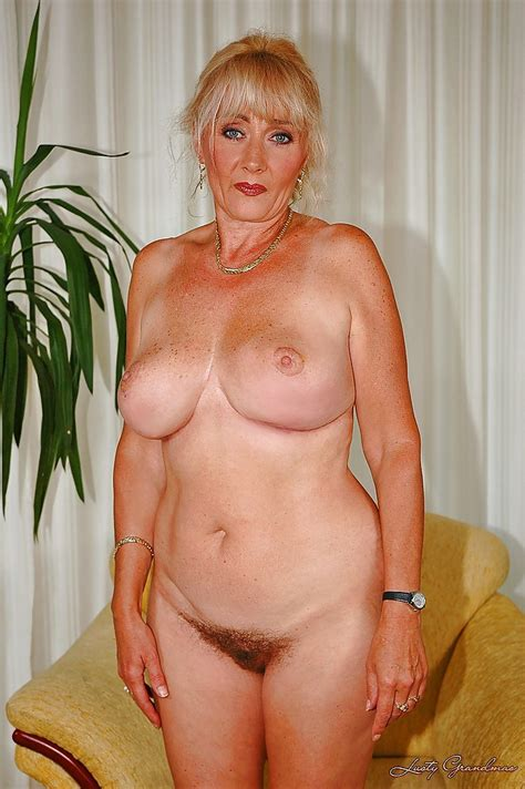 Big Titted Granny Shows Her Cunt And Plays With A Massive