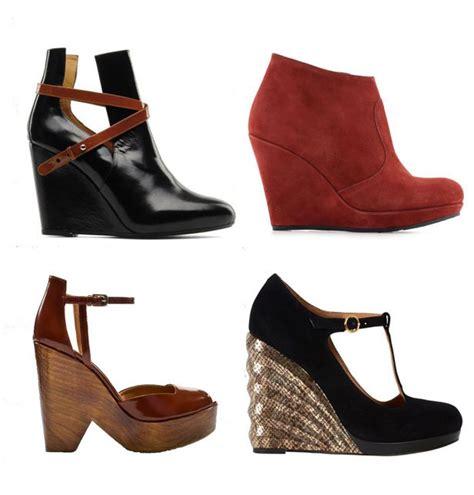 chaussure de cuisine noir les chaussures compensées