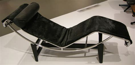 chaise longue perriand chapel who are you