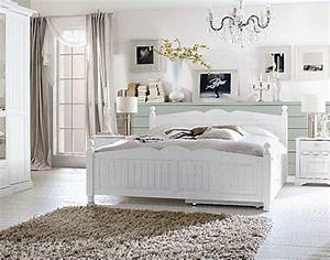 Schlafzimmer Weiß Landhaus : schlafzimmer einrichten nach eigenem geschmack modern oder klassisch ~ Sanjose-hotels-ca.com Haus und Dekorationen