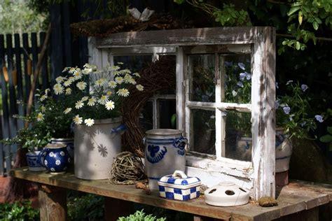 Alte Fensterrahmen Gestalten by Alte Fenster Als Deko Im Garten Home Ideen