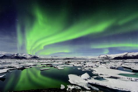 Aurora Borealis, The Wonderful Light In The North Pole's