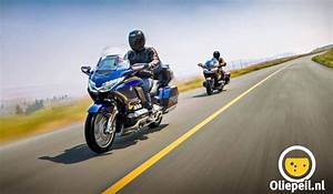 Goldwing 1800 2018 : new 2018 honda gold wing ~ Medecine-chirurgie-esthetiques.com Avis de Voitures