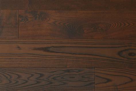 souris cuisine parquet frêne foncé contrecollé parquets emois et bois