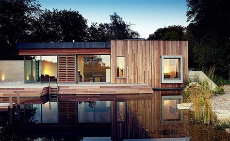 gambar desain rumah atap hijau  ramah lingkungan