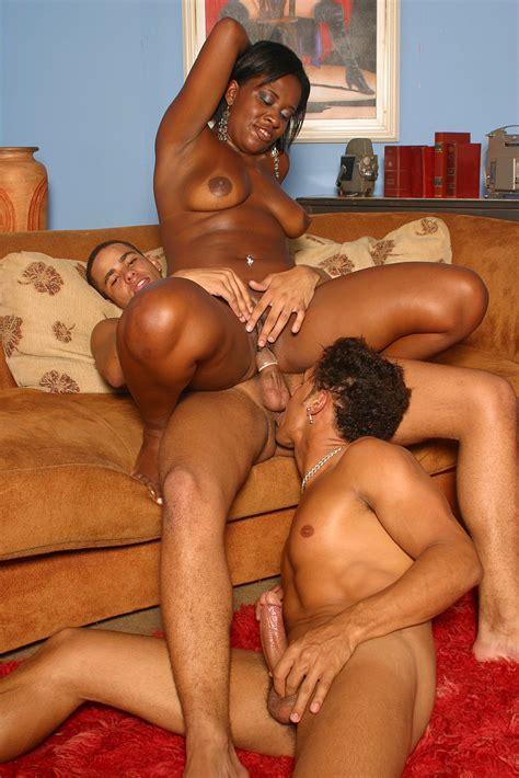 Black And Bisexual Busty Laysa Fucks Two Hot Latin Bi