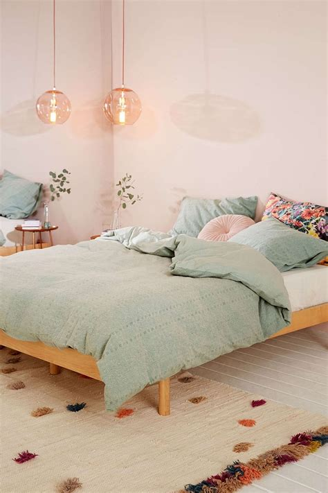 pink walls bedroom eyelet stripe duvet cover duvet outfitters and 12894