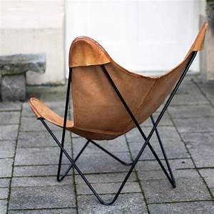 Butterfly Chair Original : butterfly chair by knoll international at 1stdibs ~ Frokenaadalensverden.com Haus und Dekorationen