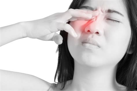 why are my eyes so sensitive to light pain behind left eye sensitive to light
