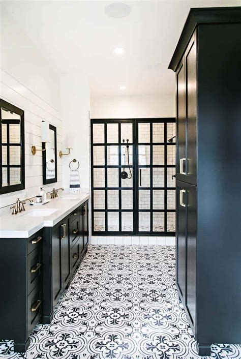 bathroom tile ideas black and white 25 incredibly stylish black and white bathroom ideas to