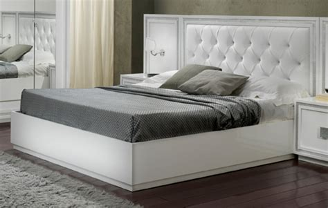 chambre lit blanc lit krystel laque blanc blanc