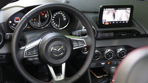 mazda mx  facelift fahrbericht  autogefuehl