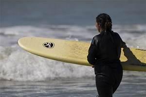 Planche De Surf Electrique : l histoire de la planche de surf hawa ulmo surf school ~ Preciouscoupons.com Idées de Décoration