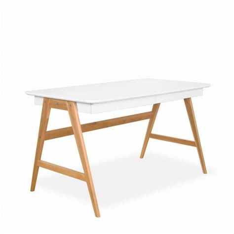 bureau blanc et bois bureau laqu 233 ch 234 ne blanc 120x70cm skoll look scandinave