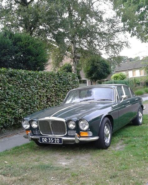 coolest jaguar sovereign 176 best classic jaguar images on jaguar